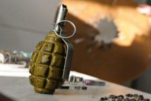 В Запорожье взрываются гранаты, гибнут люди