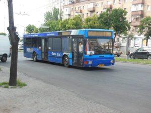 Власти Запорожья намерены приобрести еще 150 вместительных автобусов