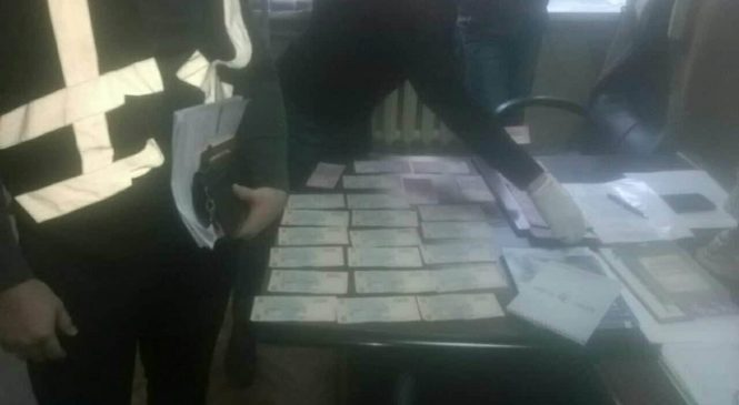 Опубликованы фото с места задержания на взятке директора патологоанатомического бюро, – ФОТО