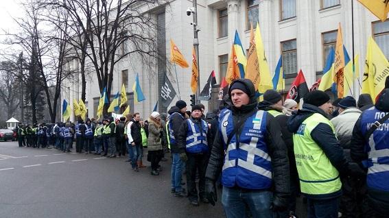 В Киеве в правительственном квартале усилили безопасность