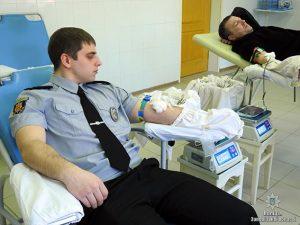 В Запорожской области полицейские пополнили банк крови