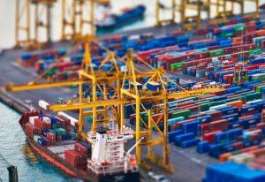 Украина увеличила негативное сальдо внешней торговли до $5,2 млрд