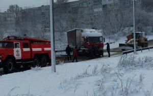 Снегопады в Запорожской области: движение фур по-прежнему затруднено