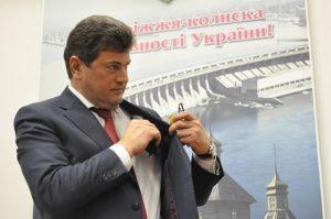 Хватит грабить город: Оппозиционные партии запорожского горсовета обвинили Буряка в коррупции