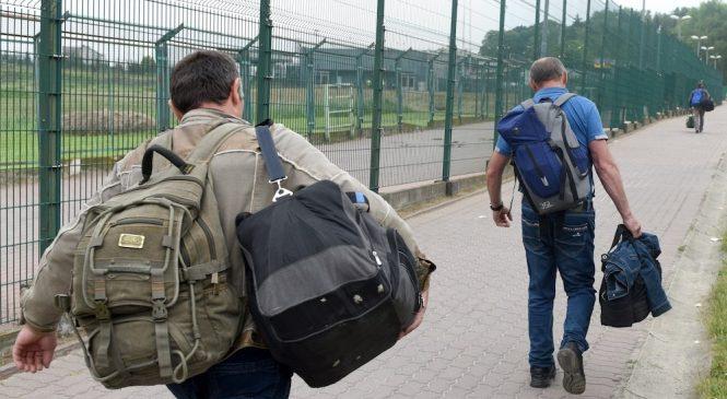 Почему украинцы уезжают в Европу, а зарплаты в Украине не растут