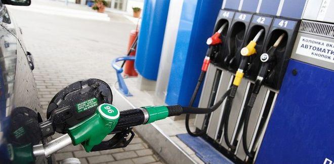 Украинцев готовят к повышению цен на бензин