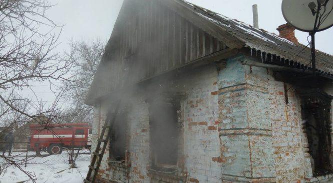 В Запорожской области спасатели ликвидировали пожар в частном доме