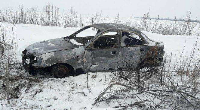 Разбойное нападение на предпринимателя: на окраине Запорожья нашли сгоревшее авто, — ФОТО