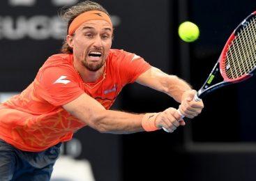 Australian Open: Долгополов проходит в третий круг