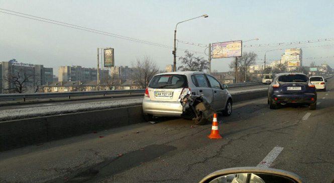 Утро в Запорожье началось с жуткого ДТП на дамбе