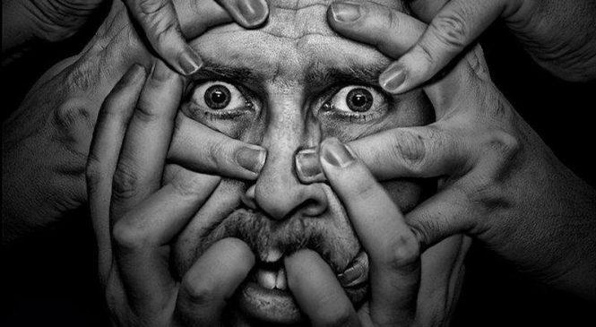 Жительница Запорожья обвиняет психиатра в смерти своего сына