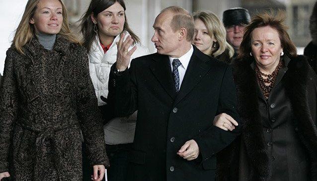 В «логове врага». Родственники Путина, Медведева и Пескова — граждане  Европы и США