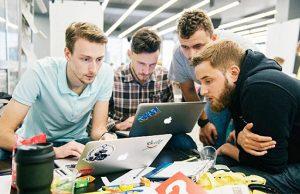 В Запорожье можно найти работу на новой интернет-платформе