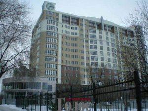23-летняя девушка выпала из окна девятого этажа: случайность, убийство или суицид?