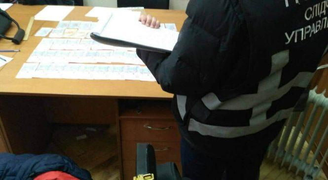 В Запорожье заведующий кафедрой брал взятки за экзамены — ФОТО