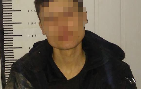 В Запорожской области полицейские задержали подозреваемого в сбыте наркотиков