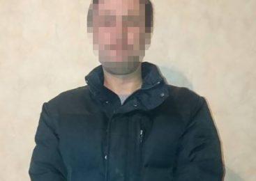 В Запорожье злоумышленник украл у пенсионерки золото