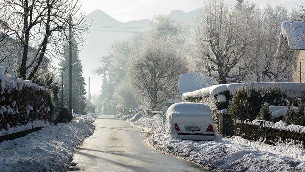 Уже штрафуют за снег на крыше авто
