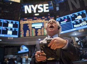 Обвал индекса Dow Jones: Богатейшие люди мира потеряли 114$ млрд.