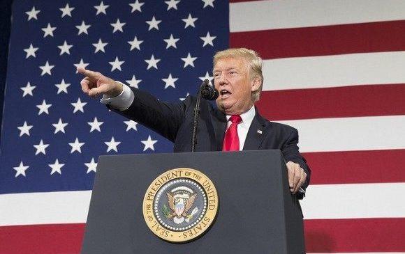 Трамп стал самым непопулярным президентом в истории США