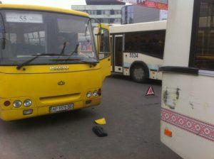 В Запорожье произошло ДТП с участием общественного транспорта