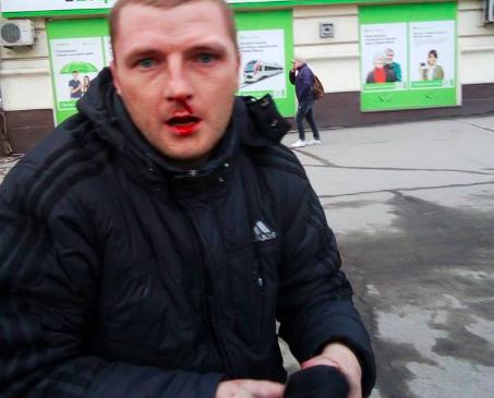 В Запорожье избили карманного вора, промышлявшего в маршрутках