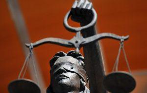 В Запорожской будут судить чиновницу уволенную Порошенко