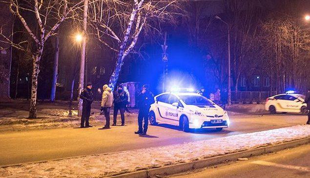В Запорожье со стрельбой задержали двоих полицейских-взяточников