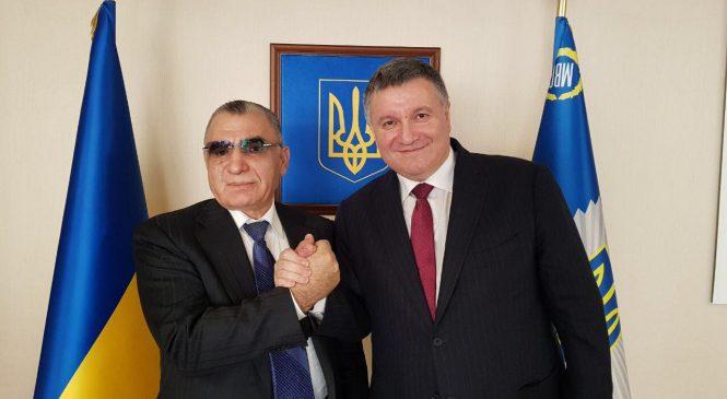 Арсен Аваков встретился с послом Армении в Украине