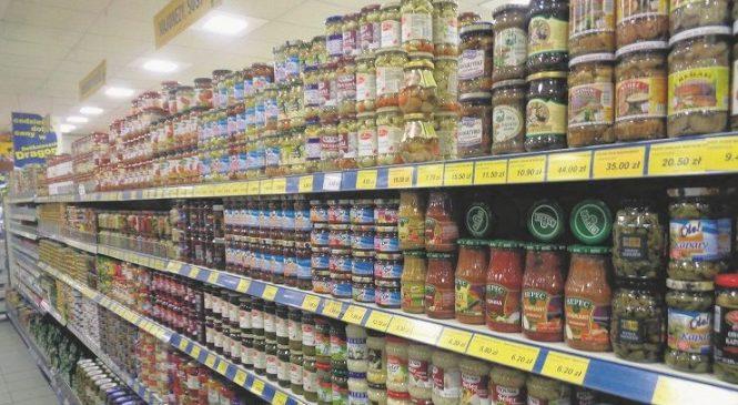 Roshen и кетчуп: Магазины за рубежом заполонили украинские товары