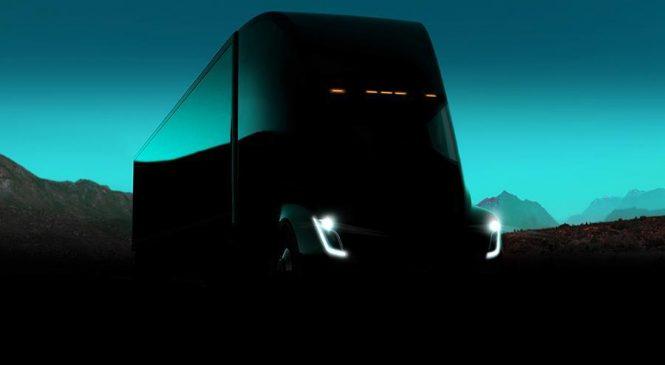 Беспилотные грузовики Tesla совершили первый коммерческий рейс