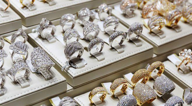 Украинцам массово продают ювелирные украшения с поддельными пробами