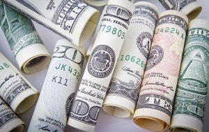 Почему доллар идет к 26,0 грн./$?