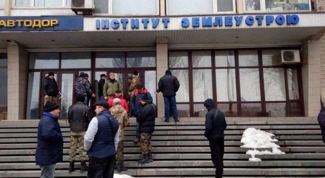 Ветеран АТО раскритиковал «аватаров» пикетировавших Запорожский институт землеустройства