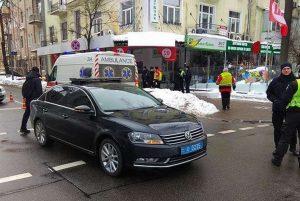 В Киеве кортеж президента сбил 87-летнего мужчину: Порошенко обещает помочь пострадавшему