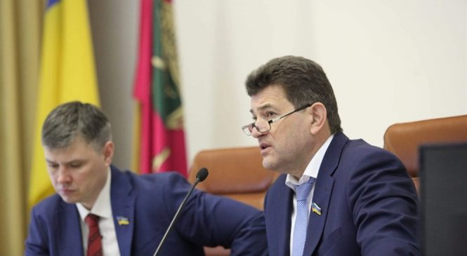 Строительство ТЦ, кредит на новый терминал и обращение к Кабмину: итоги сессии Запорожского городского совета