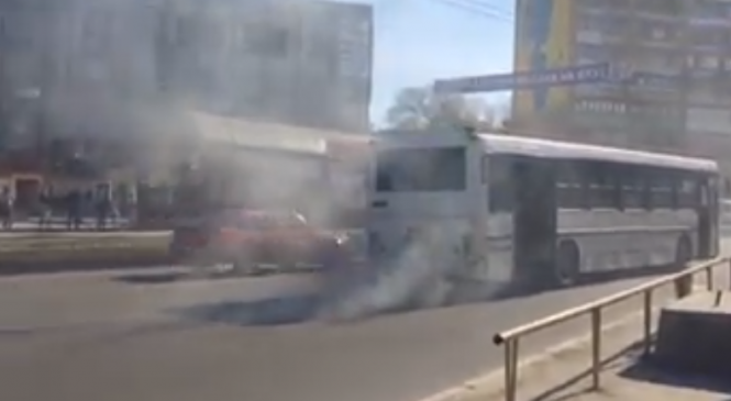 В Запорожье на ходу горел автобус