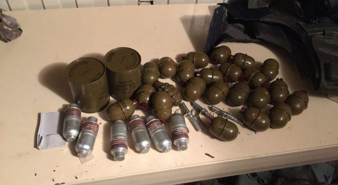 Под Запорожьем обнаружили очередные арсеналы боеприпасов