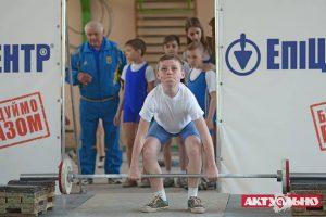 В городе состоялось торжественное открытие Открытого чемпионата Запорожья по тяжелой атлетике