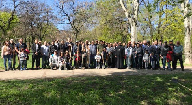 103 дерева к 103-й годовщине Геноцида армян высадили в запорожском парке — ФОТОРЕПОРТАЖ