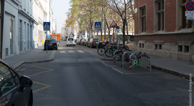 От безопасности на дорогах — к безопасным дорогам: запорожцев учили обустраивать безопасные улицы города