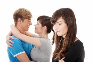В Запорожье женщина из-за ревности избила любовницу мужа