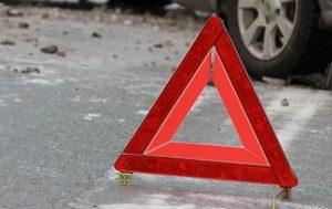 Очередное ДТП в Запорожье: машина врезалась в мотоцикл (фото)