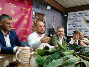 Запорожский чиновник времен Януковича возглавил местную партийную организацию и признался в дружбе с экс-«смотрящим»