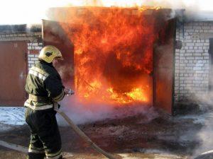 Неосторожное поведение с огнем привело к гибели двух мужчин из Запорожской области