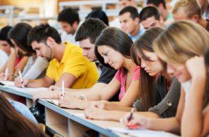 Директор «Интурист» рассказал о проблемах запорожских ВУЗов, и о том, почему студенты уезжают учиться за границу