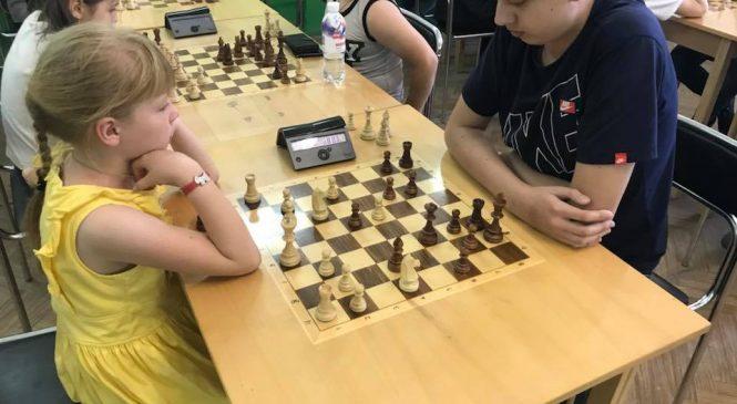 В Запорожье состоялся шахматный турнир для детей 10-15 лет на призы Союза армян Запорожской области