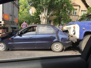 ДТП в Запорожской облати: фура и грузовик раздавили легковушку (Фото)