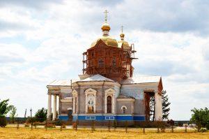 «Віра – це духовний фундамент життя!»: в Воскресенській ОТГ Пологівського району меценати відбудовують два храми (ФОТО)