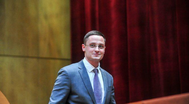 Владислав Марченко: «Безумие и политические лозунги пусть остаются в Верховной Раде. Депутатам области нужно работать»